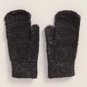 Betsey Johnson Gloves-NWT-Fuzzy Touchscreen Gloves
